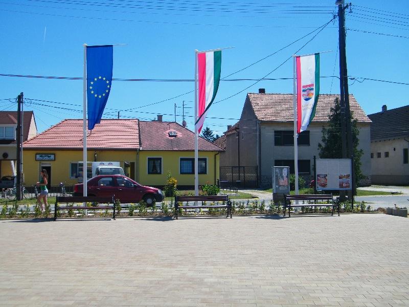 2010.07.11.<br />PETŐFI TÉR ÁTADÁSA<br />PREDANJE TRGA PETEJFIJEVA